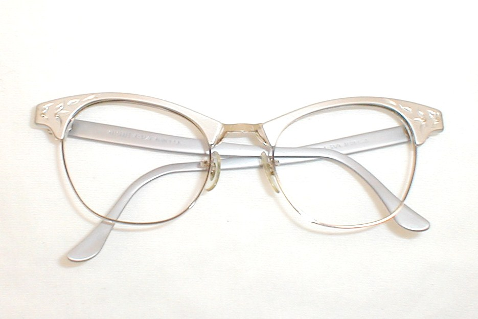 Vintage women 39 s eyeglasses cats eye frames 12k gold art craft for Art craft eyeglasses vintage