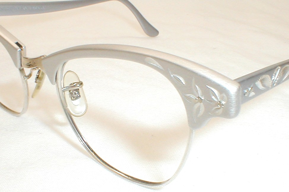 Cat Eye Glasses Image
