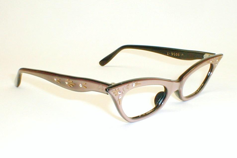 Eyeglass Frames For Over 50 : Vintage Womens Eyeglasses, Cats Eye Frames Black and White