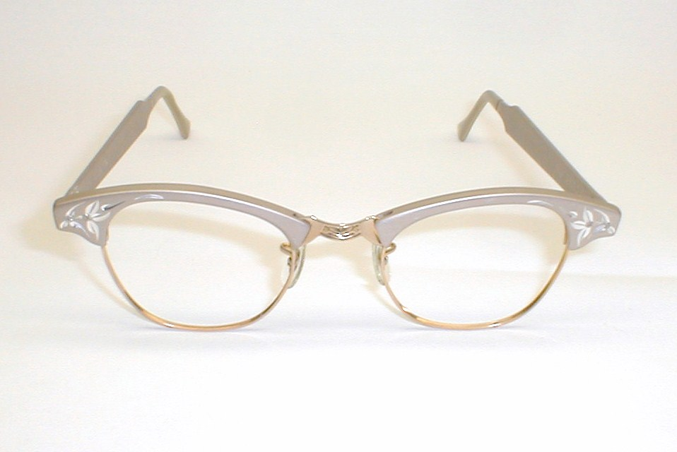 Antique eyeglasses frames best 2000 antique decor ideas for Art craft eyeglasses vintage