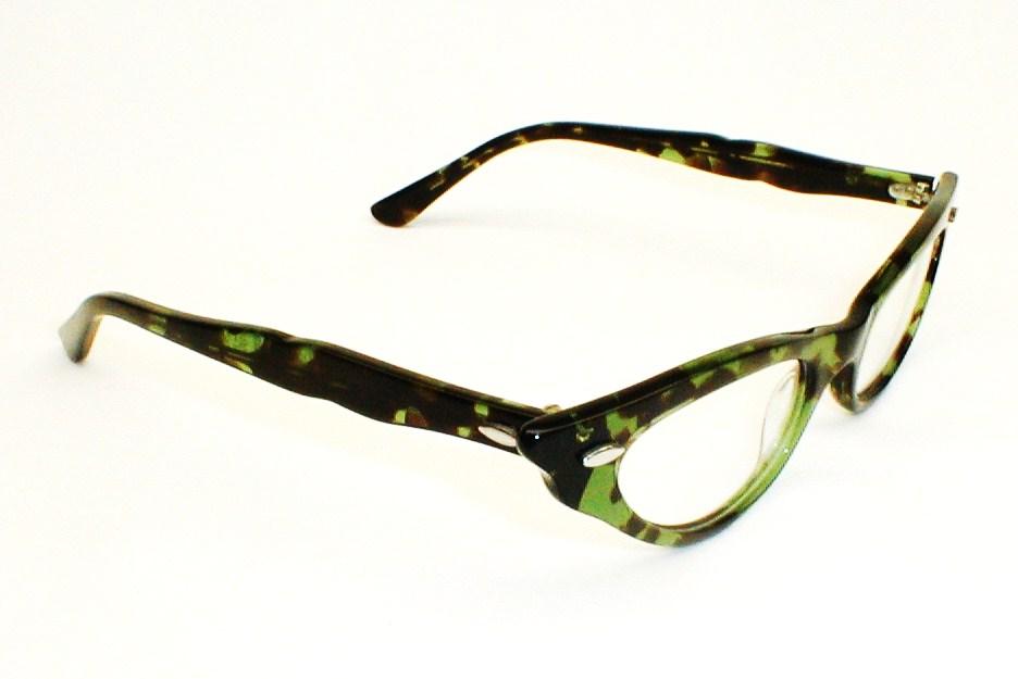 Emerald Green Eyeglass Frames : Swank Green and Black Eyeglasses Frame France, DeParee II ...
